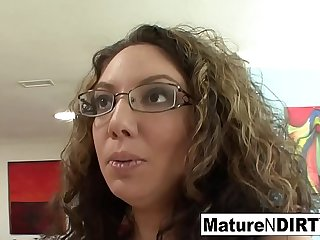 Brunette MILF in glasses..