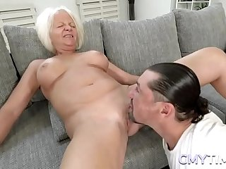Blonde GILF gets her old..