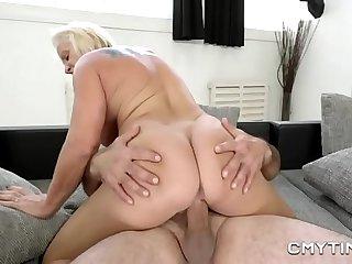 Horny granny enjoys fucking..