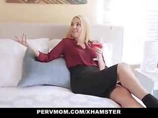 Pervmom Stepmom Seduces..
