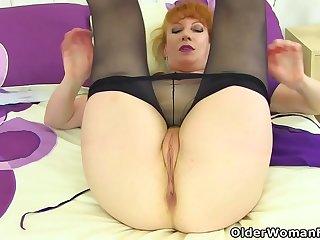 UK redhead milf Velvetina..