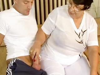 Brunette busty old mom fucked