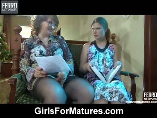 Flo&Alana mature in lesbian..