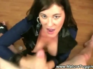 Mom gives a fierce handjob