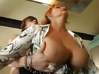 Sexy Suzie Madura sensual..